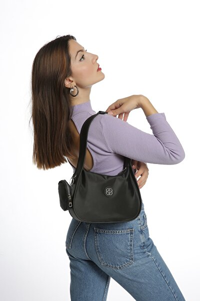 Kadın Siyah Caynda Saten Baget Çanta