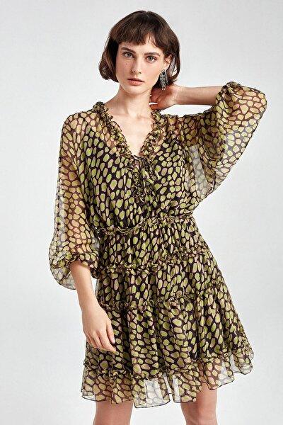 Fırfır Şeritli Desenli Mini Elbise