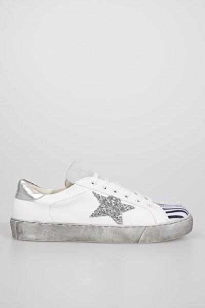 Kadın Stella Yıldız Detaylı Beyaz Sneaker