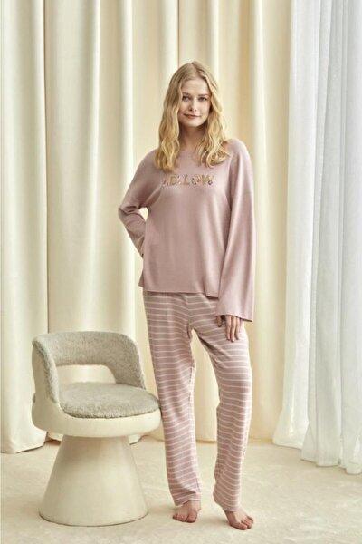1710 Pijama Takım