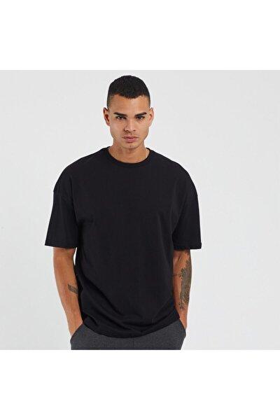 Erkek Siyah Tişört (SLİM FİT)