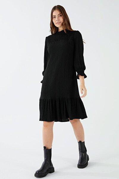 Robası Ve Kol Ağzı Lastikli Elbise