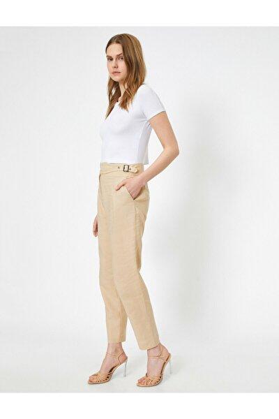 Kadın Ekru Kemer Detaylı Pantolon