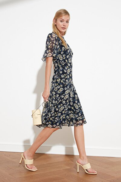 Lacivert Çiçek Desenli Elbise TWOSS20EL0908