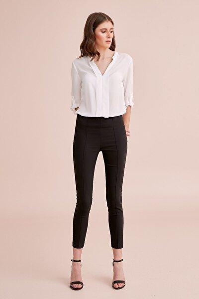 Kadın Siyah Ütü Hattı Dikiş Detaylı, Yandan Fermuar Detaylı Pantolon 20ypnt196