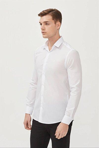 Erkek Beyaz Düz Klasik Yaka Slim Fit Gömlek E002002