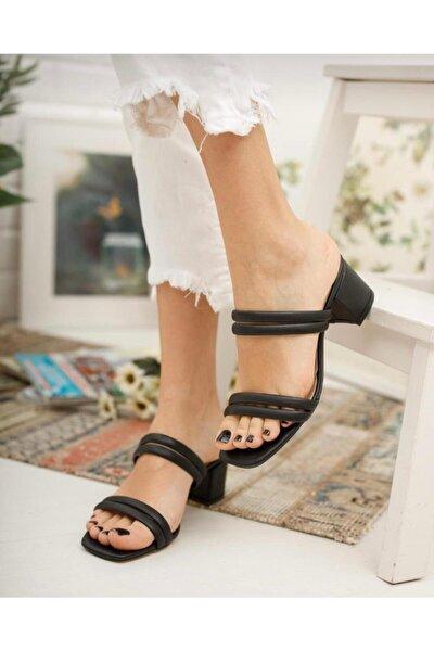 Kadın Siyah İpli Topuklu Terlik Ayakkabı