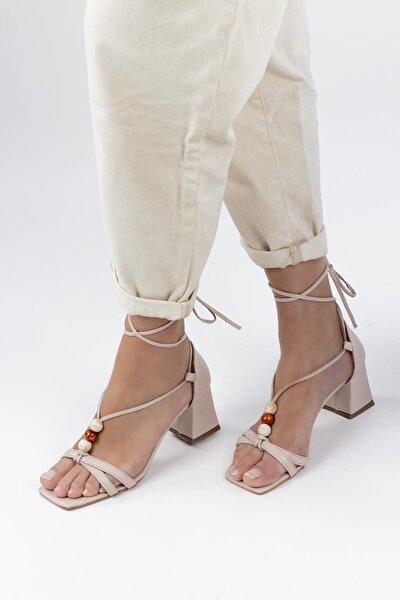 Duappa Boncuk Detaylı Bilekten Bağlamalı Kadın Topuklu Ayakkabı