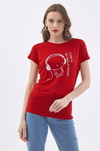 Kadın Kırmızı Baskılı Kısa Kollu T-Shirt