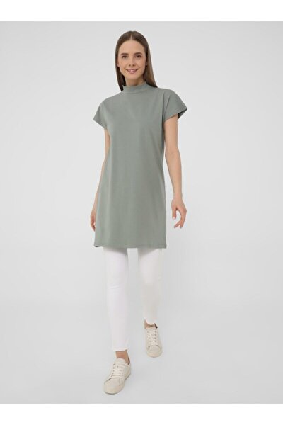 Dik Yakalı Düşük Kollu Basic Tshirt