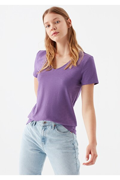 V Yaka Mor Basic Tişört