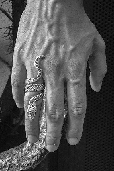 Yılan Figürlü Ayarlanabilir Gümüş Kaplama Erkek Yüzük
