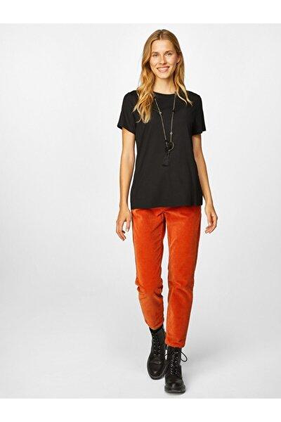 Kadın Yuvarlak Yaka Kısa Kol T-shirt