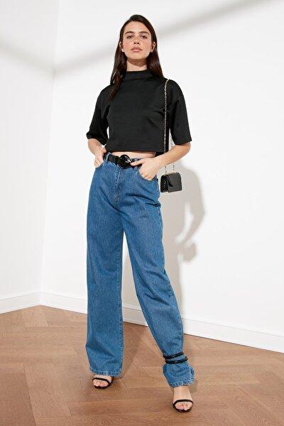 Siyah Dik Yaka Crop Örme Bluz TWOSS21BZ0140