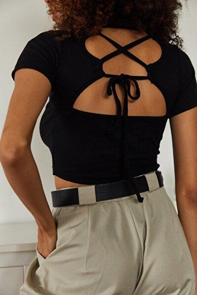Kadın Siyah Sırt Detaylı Kısa Kol Bluz 1KZK2-11166-02