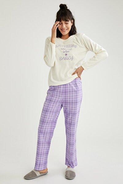 Kadın Ecru Yazı Baskılı Uzun Kollu Polar Pijama Takımı T1171AZ20WNER