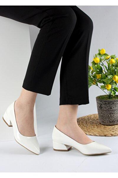 Kadın Beyaz Renk Kırışık Rugan Topuklu Ayakkabı 3 Cm