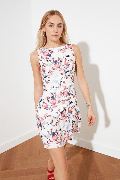 Çok Renkli Çiçek Desenli Elbise TWOSS19WR0042