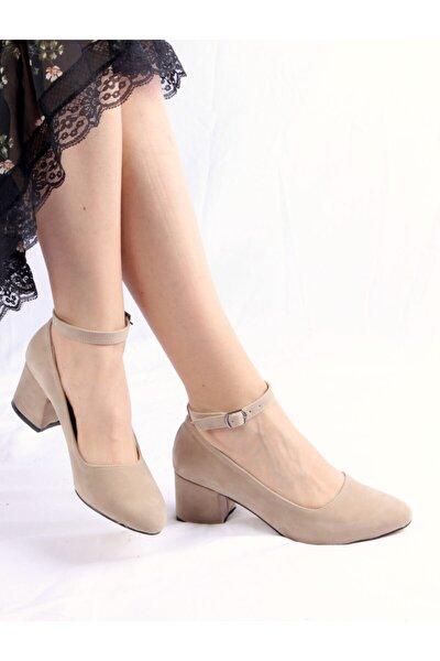 Kadın Ten Rengi Süet Topuklu Ayakkabı