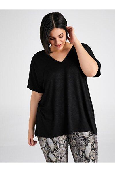Kadın Siyah V Yaka T-shirt 00007