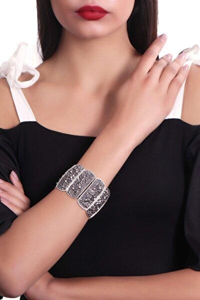 Kadın Antik Gümüş Kaplama Zirkon Taş Detaylı Kabartma Baskılı Lastikli Bileklik