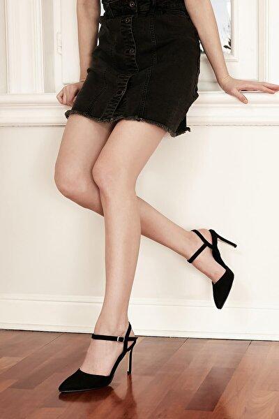 Bilek Bantlı Topuklu Ayakkabı