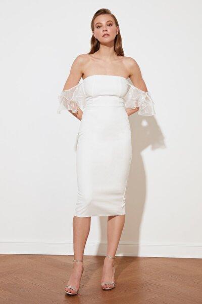 Ekru İnci Detaylı Elbise TPRSS20EL1432