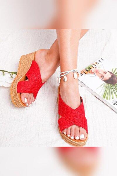 Rayna Kırmızı Keten Çapraz Hasır Görünümlü Dolgu Topuklu Terlik