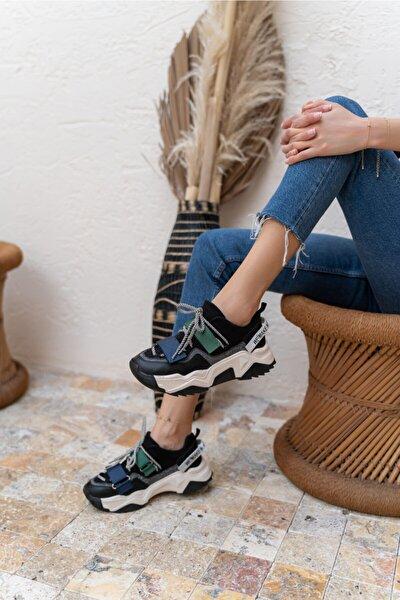Kadın Siyah Cırtlı Sneaker