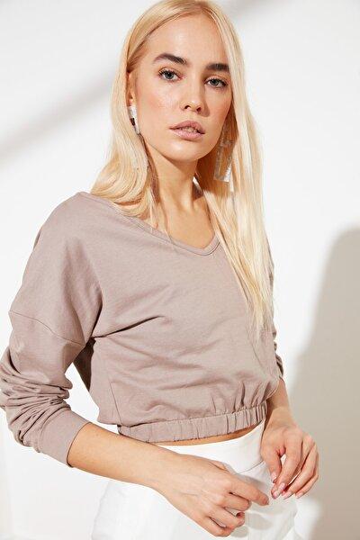 Bej V Yaka Crop Örme Sweatshirt TWOSS21SW0011