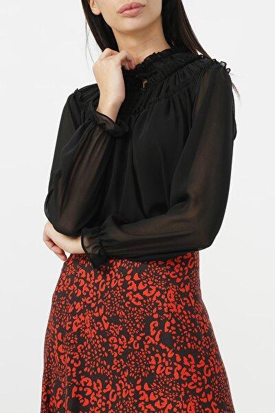 Kadın Yaka Detaylı Kolu Lastikli Bluz %100 Polyester