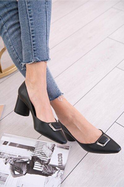 Luna Siyah Tokalı Topuklu Ayakkabı