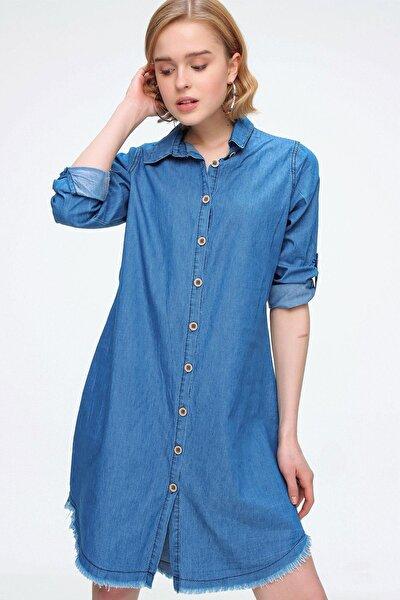 Kadın Lacivert Püskül Detaylı Düğmeli Gömlek Elbise
