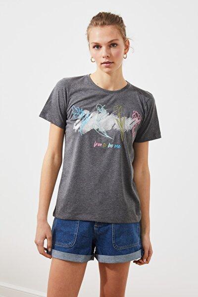 Antrasit Varak Baskılı ve Nakışlı Basic Örme T-Shirt TWOSS21TS1833