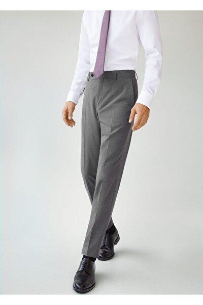 Erkek Gri Dar Kesim Mikro Dokumalı Takım Pantolon