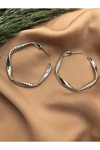 Gümüş Renkli Tasarım Küpe