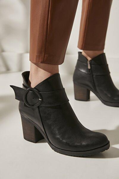 Kadın Siyah Kadın Bot ve Çizme