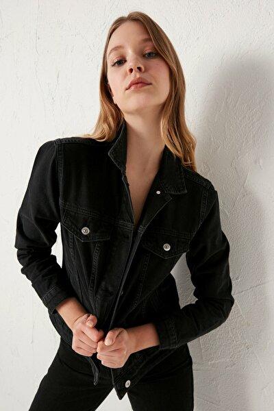 Kadın Siyah Jean Ceket