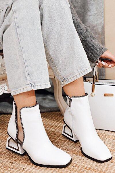 Paloma Siyah Deri Taş Ve Şeffaf Detaylı Kısa Topuklu Bootie ( Ince Çorap Ile Kullanılabilir )