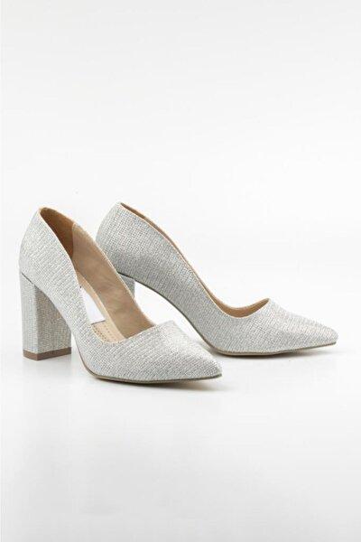 1. Sınıf Vegan Deri 8 Cm Topuk Boyu Kadın Ayakkabı