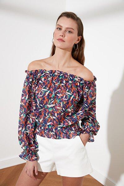 Çok Renkli Carmen Yaka Gipeli Bluz TWOSS21BZ0166