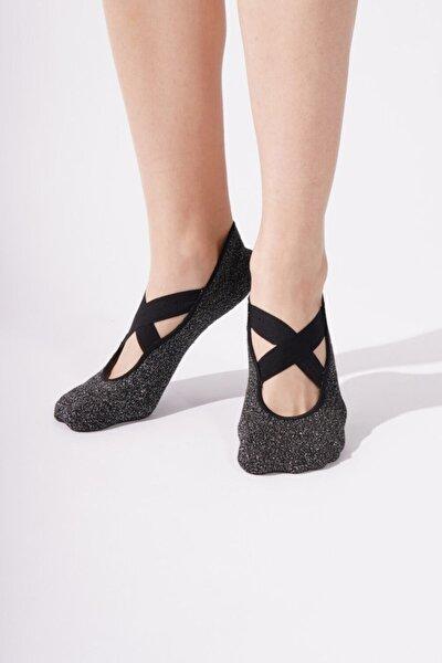 Kadın Siyah Simli Asta Yoga Basic Görünmez Çorap