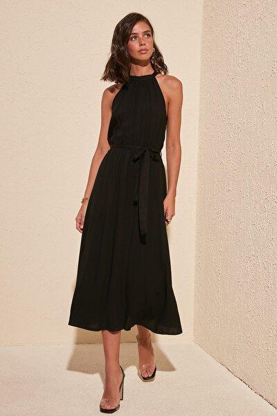 Siyah Kuşaklı Elbise TWOSS19EL0155