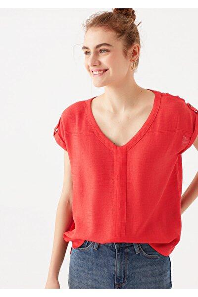 Kadın Kırmızı V Yaka Tişört