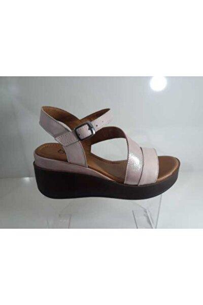 Kadın  Pembe Deri Sandalet