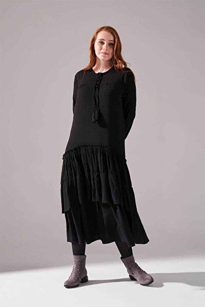 Kolları Büzgülü Kat Detaylı Elbise (Siyah)