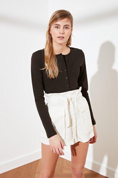 Kahverengi Düğmeli Crop Örme Bluz TWOAW21BZ0115