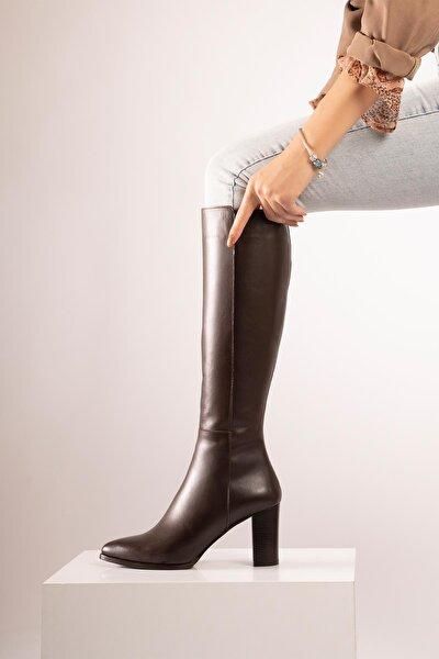 Kadın Kahverengi Hakiki Deri  Sivri Burun Fermuarlı Uzun Boy Topuklu Çizme