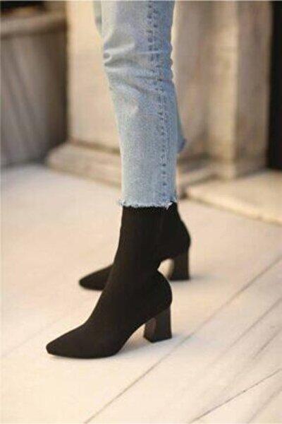 Kadın Siyah Topuklu Çorap Model Bilekte