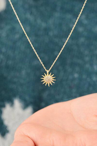 Kadın Gümüş Güneş Model Altın Kaplama Zirkon Taşlı Kolye Dbsk2633